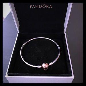 Pandora Bangle w Rose Gold Clasp